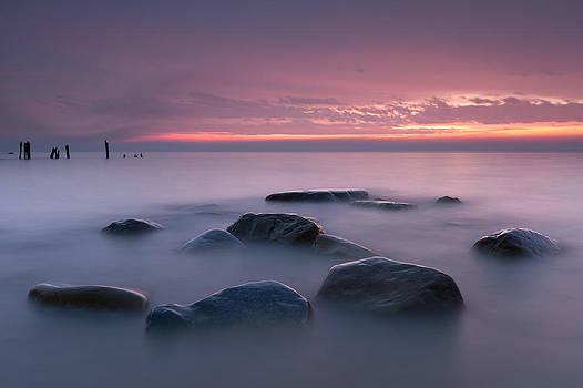 Lake Huron rocks by Gary  Drinkhorn