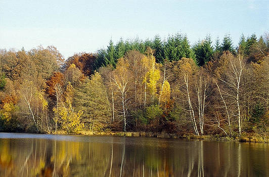 Lake in autumn by Patrick Kessler