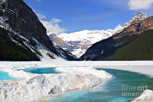 Lake Louise Canada by Leslie Kirk