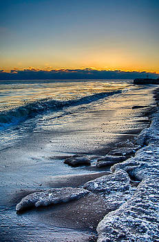 Lake Michigan Sunrise 12-7-13 003 by Michael  Bennett