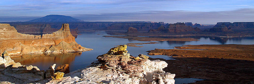 Jeff Brunton - Lake Powell from Alstrum Pt Pan 1