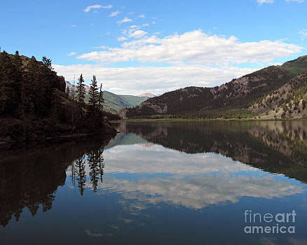 Lake San Cristobal by Laurie Klein