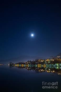 Lake shore by Maurizio Bacciarini