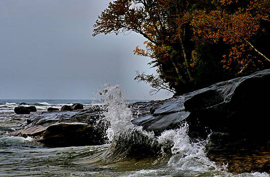 Matthew Winn - Lake Superior in a Mood