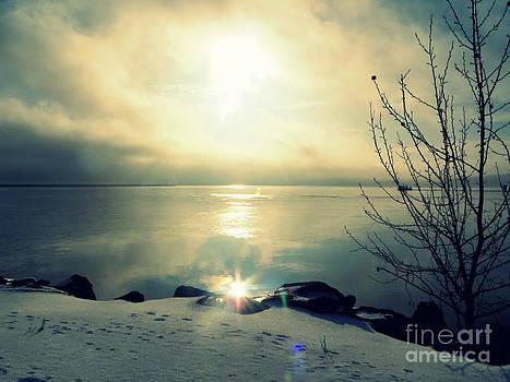 Lake Superior Morning by Jaunine Roberts