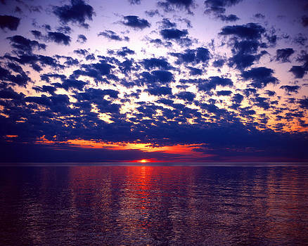 Lake Superior Sunset by Tim Hawkins