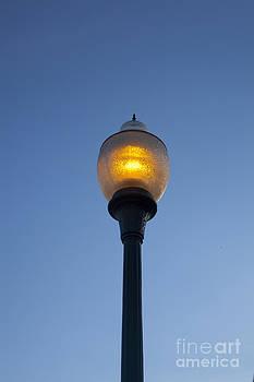 Jonathan Welch - Lamp Post
