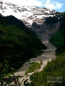 LeLa Becker - Landslides at Mount Rainier