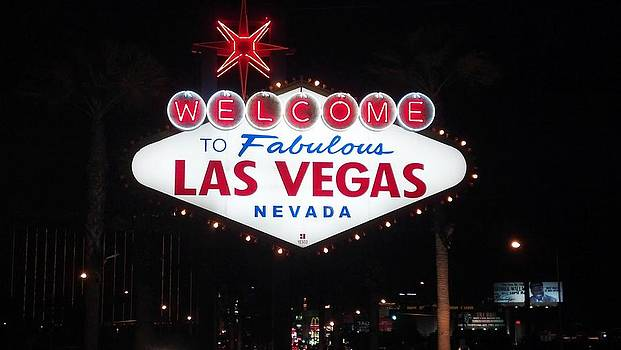 Las Vegas Sign  by Malachi S