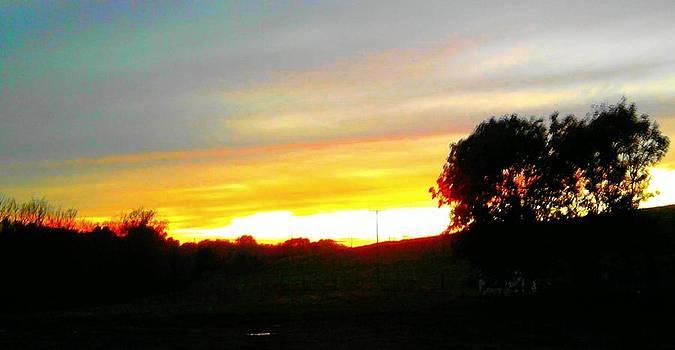 Last nights sunset by Geoff Cooper