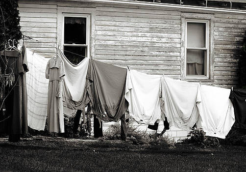 Laundry day for the Amish by Dick Wood
