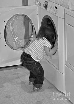Gwyn Newcombe - Laundry Day
