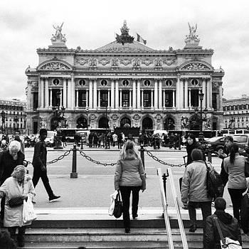 Le Grand Opéra #paris by Sarah Dawson