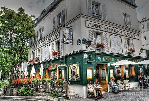 Le petit restaurant by Ines Bolasini