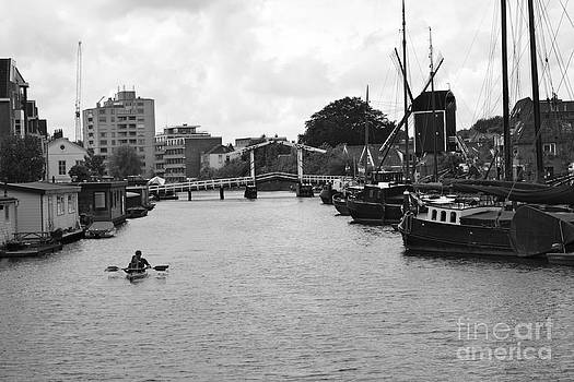 Danielle Groenen - Leiden Canal Black and White