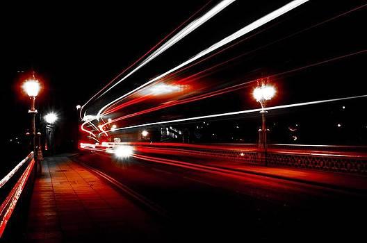 Lendal Bridge Trailing Lights by Glenn Hewitt