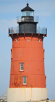 Lewes Lighthouse by Leah Reynolds