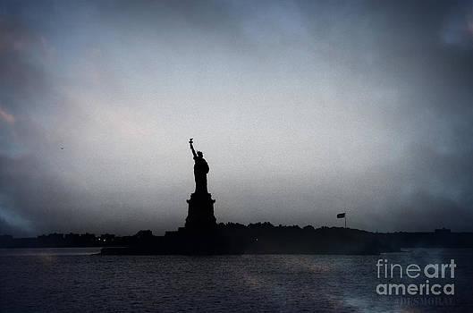 Libertad by Julia Moral