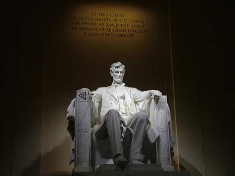 Lincoln Memorial by Geoffrey McLean