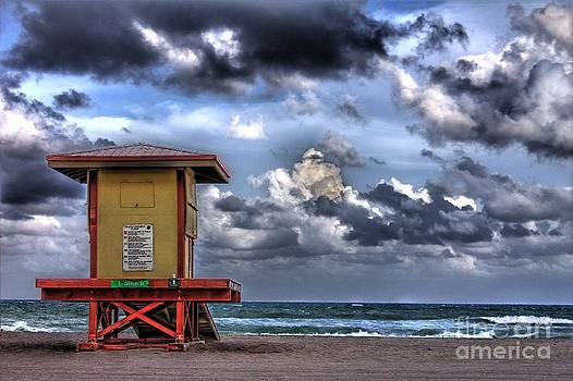 Ines Bolasini - Lifeguard cabin