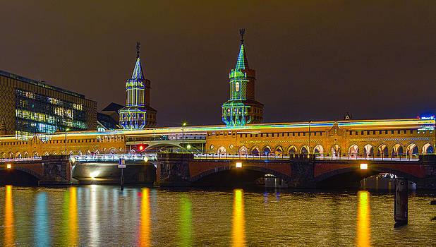 Light Up the Bridge  by Maik Tondeur