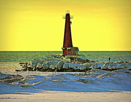 Rosemarie E Seppala - Lighthouse And Sunset Walkers