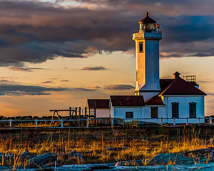 Chris McKenna - Lighthouse on the Washington Coast