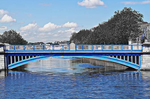Sharon Popek - Limited Edition Dublin Bridge
