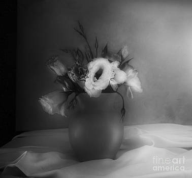 Lisianthus Bouquet by Theresa Tahara