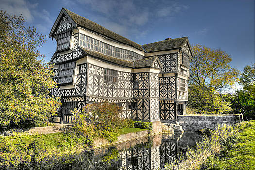 Little Moreton Hall by Paula Connelly