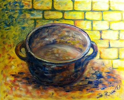 Little pot by B Russo