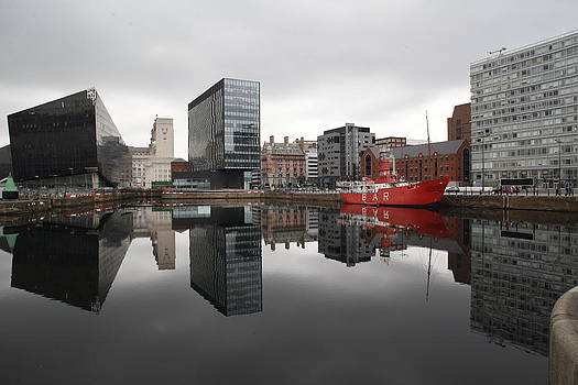 Liverpool Dock by Anthony Bean