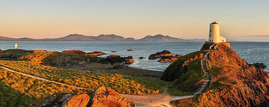 Llanddwyn Island by Regie Marshall