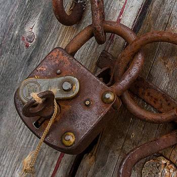 Edser Thomas - Locked