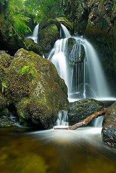 David Ross - Lodore Falls Lake District