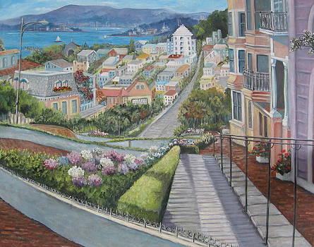 Lombard Street by Teresita Hightower