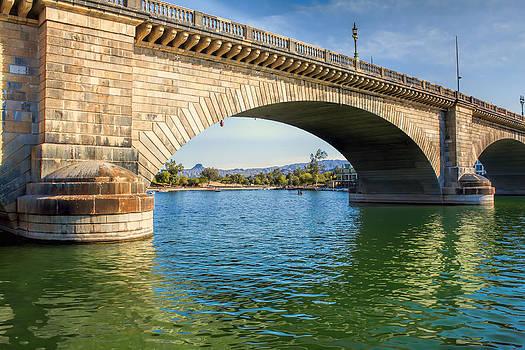 London Bridge Across Lake Havasu Canal  by Fred Larson