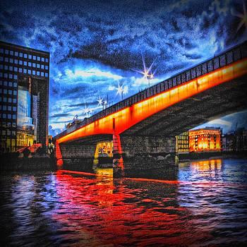 London Bridge by Angel Eowyn