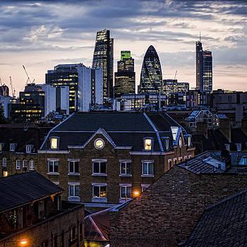 Heather Applegate - London City