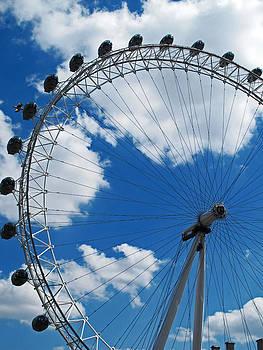 London Eye by Heidi Pence