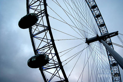 London Eye by Victoria Saperstein