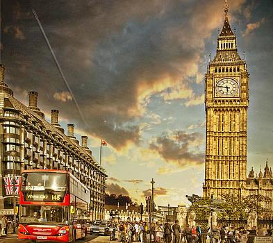 Ludmila Nayvelt - London life