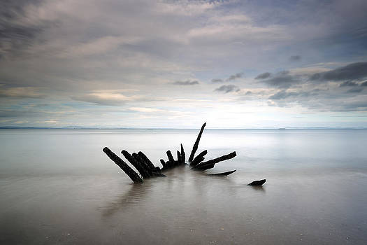 Longniddry Ship Wreck by Grant Glendinning