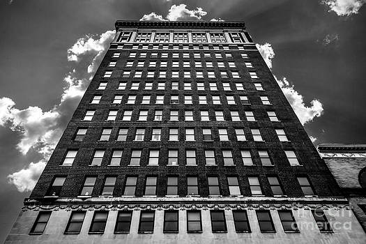 Looking up by Lee Wellman