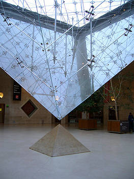 Louvre Interior Pyramid by Willie Chea