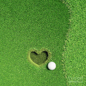 Lovely Golf - Fall in love  by Khomkrit Chunsakul