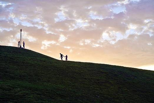 Lovers on Federal Hill at Dusk by Toni Martsoukos
