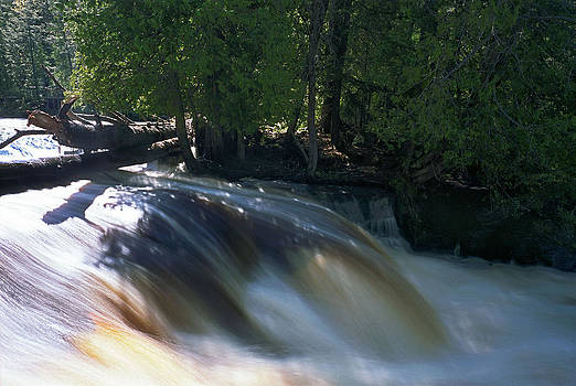 Lower Tahquamenon Falls by James Rasmusson
