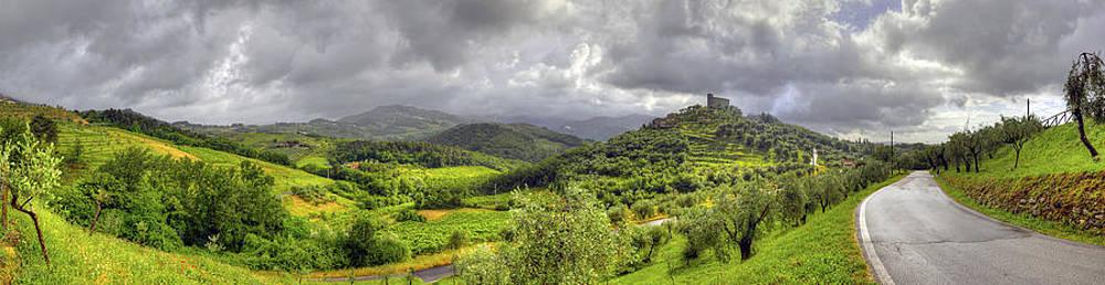 Matt Swinden - Lucca Hills Panorama