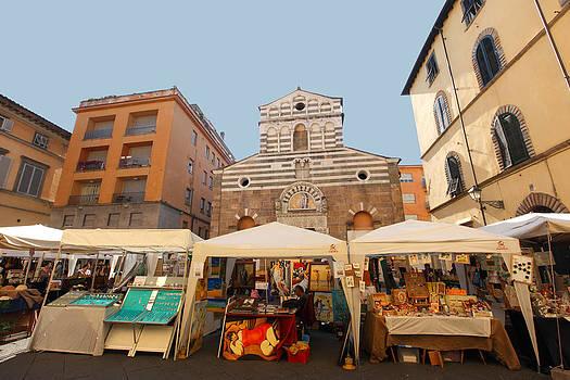 Susan Rovira - Lucca Market